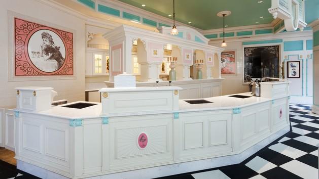 plaza-ice-cream-parlor-00