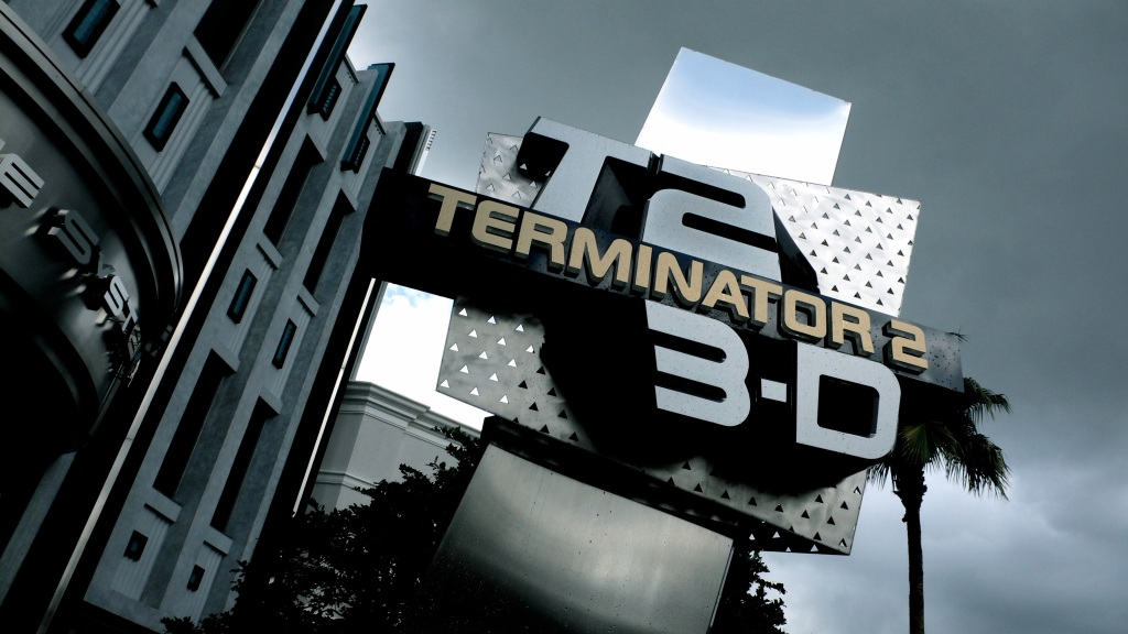 Terminator_2_-_3D_Entrance_Universal_Studios_Florida