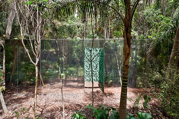 vegetation-room-inhotim-2010-20121